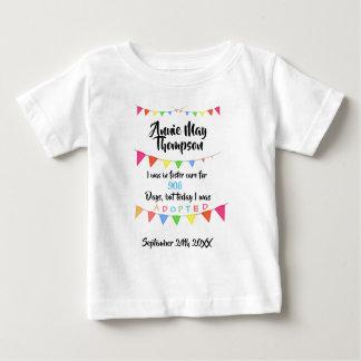 T-shirt Pour Bébé Adopté de l'accueil - chemise nommée faite sur