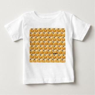 T-shirt Pour Bébé Bande dessinée de doge - texture de doge - shibe -