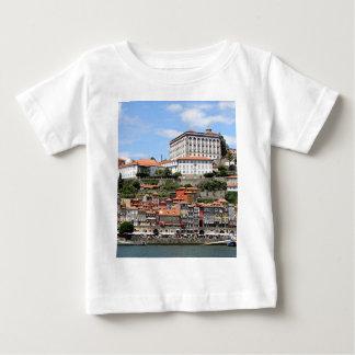 T-shirt Pour Bébé Bâtiments historiques et rivière, Porto, Portugal