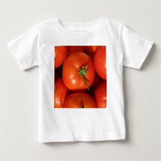 T-shirt Pour Bébé Belles tomates du cru mûres
