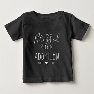 T-shirt Pour Bébé Béni par adoption - l'accueil, adoptent le cadeau
