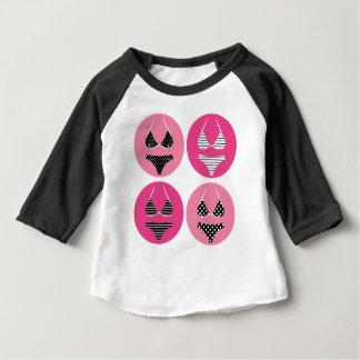 T-shirt Pour Bébé Bikini merveilleux sur le rose