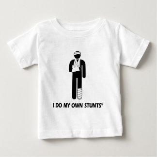 T-shirt Pour Bébé Blessure mes propres cascades