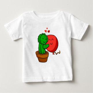 T-shirt Pour Bébé Cactus étreignant le ballon