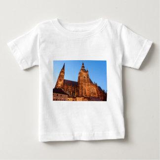 T-shirt Pour Bébé Cathedral in Prague