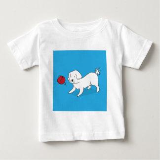 T-shirt Pour Bébé Chien jouant avec une boule