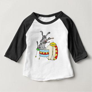 T-shirt Pour Bébé Chien musical jouant des tambours