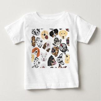 T-shirt Pour Bébé Chiens de motif d'illustration