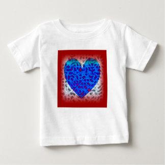 T-shirt Pour Bébé Coeur bleu en rouge