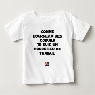 T-SHIRT POUR BÉBÉ COMME BOURREAU DES COEURS, JE SUIS UN BOURREAU DE