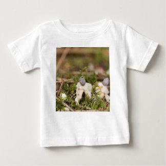 T-shirt Pour Bébé Corps de fruit d'un earthstar rayonné (quadrifi de