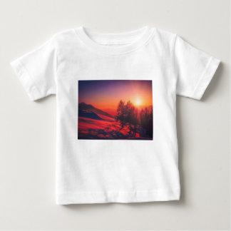 T-shirt Pour Bébé Coucher du soleil de soirée de Milou