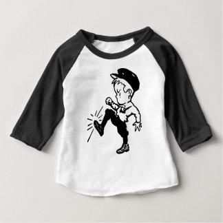 T-shirt Pour Bébé Coups de pied de garçon