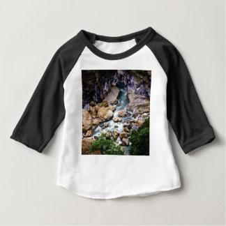 T-shirt Pour Bébé courant de montagne