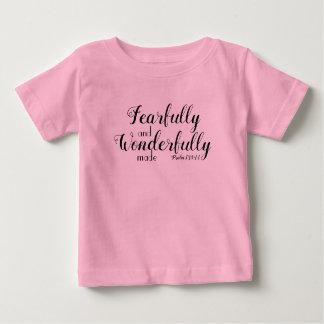 T-shirt Pour Bébé Craintivement et merveilleusement fait