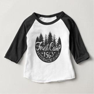 T-shirt Pour Bébé Cru rond de camp de forêt