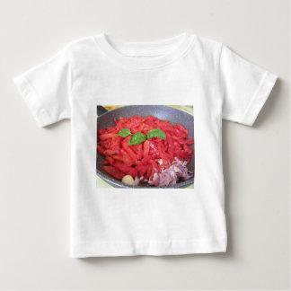 T-shirt Pour Bébé Cuisson de la sauce tomate faite maison