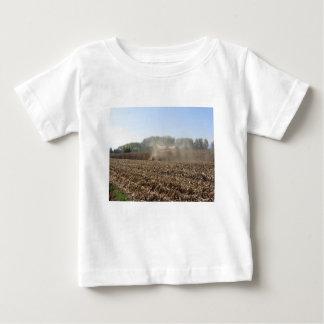T-shirt Pour Bébé Culture de maïs de récolte mécanisée dans le