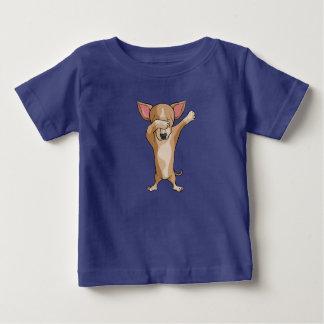 T-shirt Pour Bébé Danse mignonne de Dabber de chiwawa de limande