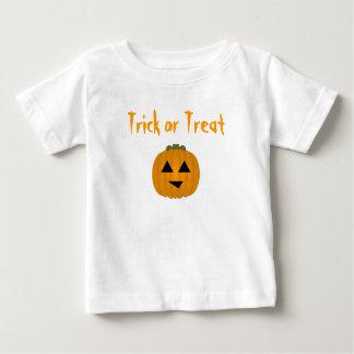 T-shirt Pour Bébé Des bonbons ou un sort