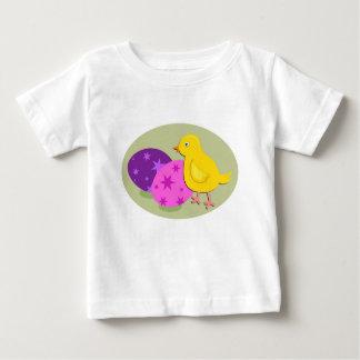 T-shirt Pour Bébé Dessin de poussin de Pâques