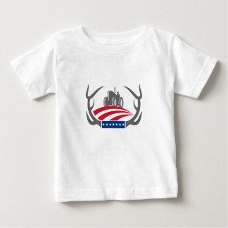 T-shirt Pour Bébé Drapeau américain de tracteur de ferme d'Antler