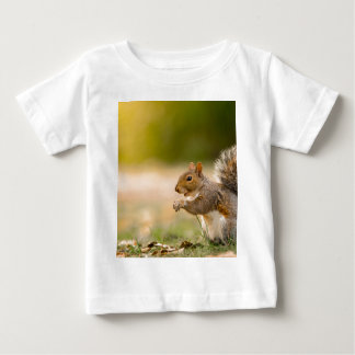 T-shirt Pour Bébé Écureuil affamé