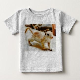T-shirt Pour Bébé Écureuil moulu de bébé dans le tee - shirt d'Orion