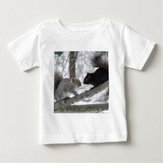 T-shirt Pour Bébé Écureuil noir et gris