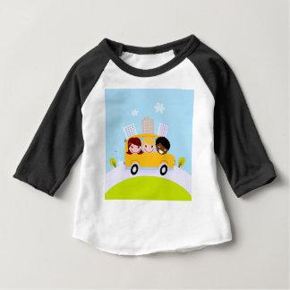 T-shirt Pour Bébé Enfants d'école dans l'autobus jaune