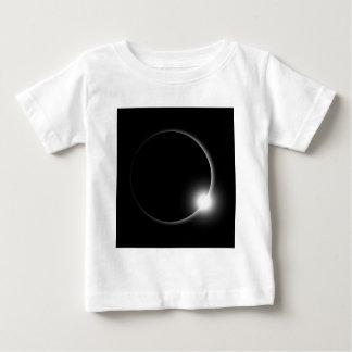 T-shirt Pour Bébé Éruption chromosphérique de fusée de Sun d'éclipse