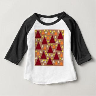 T-shirt Pour Bébé gammes de montagne complétées par neige de chute