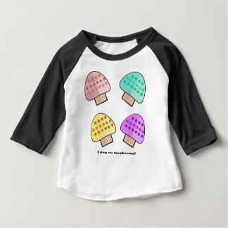 T-shirt Pour Bébé Glaçage et champignon