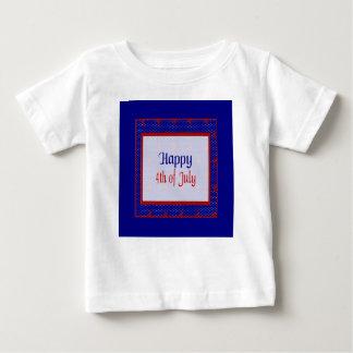 T-shirt Pour Bébé Heureux 4 juillet, le rouge se tient le premier