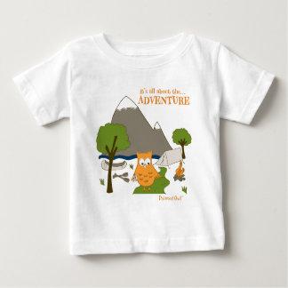 T-shirt Pour Bébé Il est tout au sujet de l'aventure