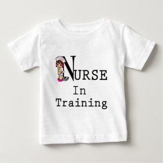 T-shirt Pour Bébé Infirmière dans la formation