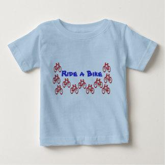 T-shirt Pour Bébé Keds assorti