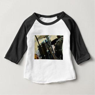 T-shirt Pour Bébé La musique d'instruments bat du tambour de