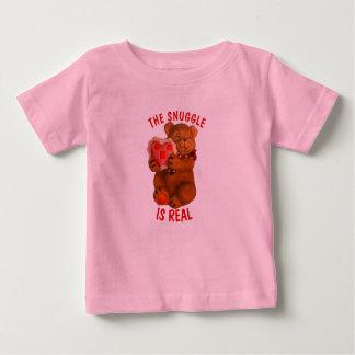 T-shirt Pour Bébé Le câlin est vrai ours avec le coeur