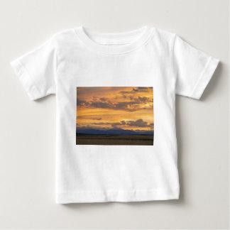T-shirt Pour Bébé Les hautes plaines rencontrent les montagnes