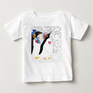 T-shirt Pour Bébé Les pieds froids chauffent le coeur