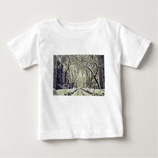 T-shirt Pour Bébé L'hiver a couvert des rues