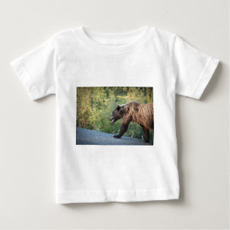 T-shirt Pour Bébé L'ours gris le Yukon, Canada attaque, des