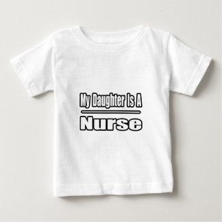 T-shirt Pour Bébé Ma fille est une infirmière