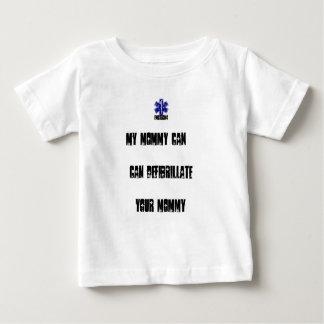 T-shirt Pour Bébé Ma maman peut Defibrilliate votre maman