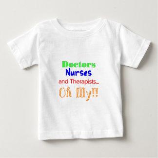 T-shirt Pour Bébé Médecins, infirmières, et thérapeutes