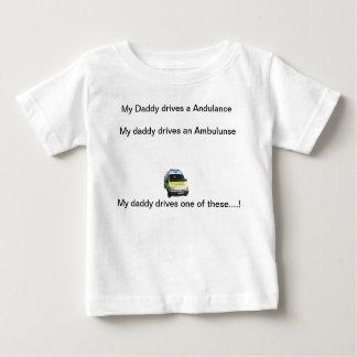 T-shirt Pour Bébé Mon papa conduit une ambulance…