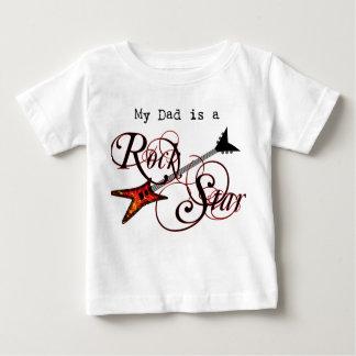 T-shirt Pour Bébé Mon papa est une chemise de vedette du rock