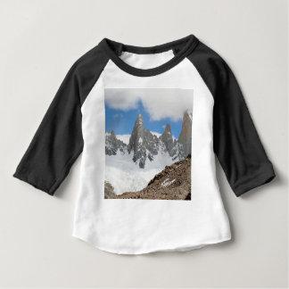 T-shirt Pour Bébé Montagnes de parc national de glacier, Argentine