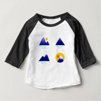 T-shirt Pour Bébé Montagnes exotiques de l'Asie bleues